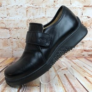 Wolky EU 39 US 7.5-8 Black Leather Walking Shoes